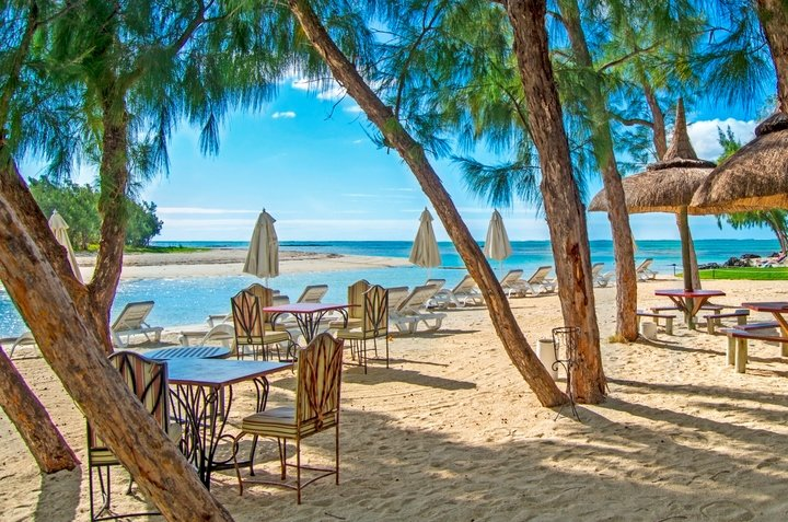 Ile aux Cerfs Private Beach